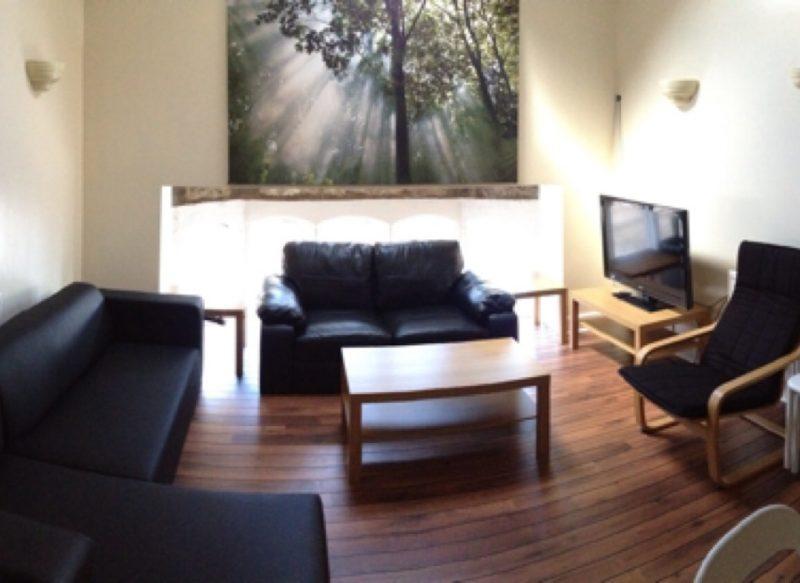 Flat-A-Lounge.jpg