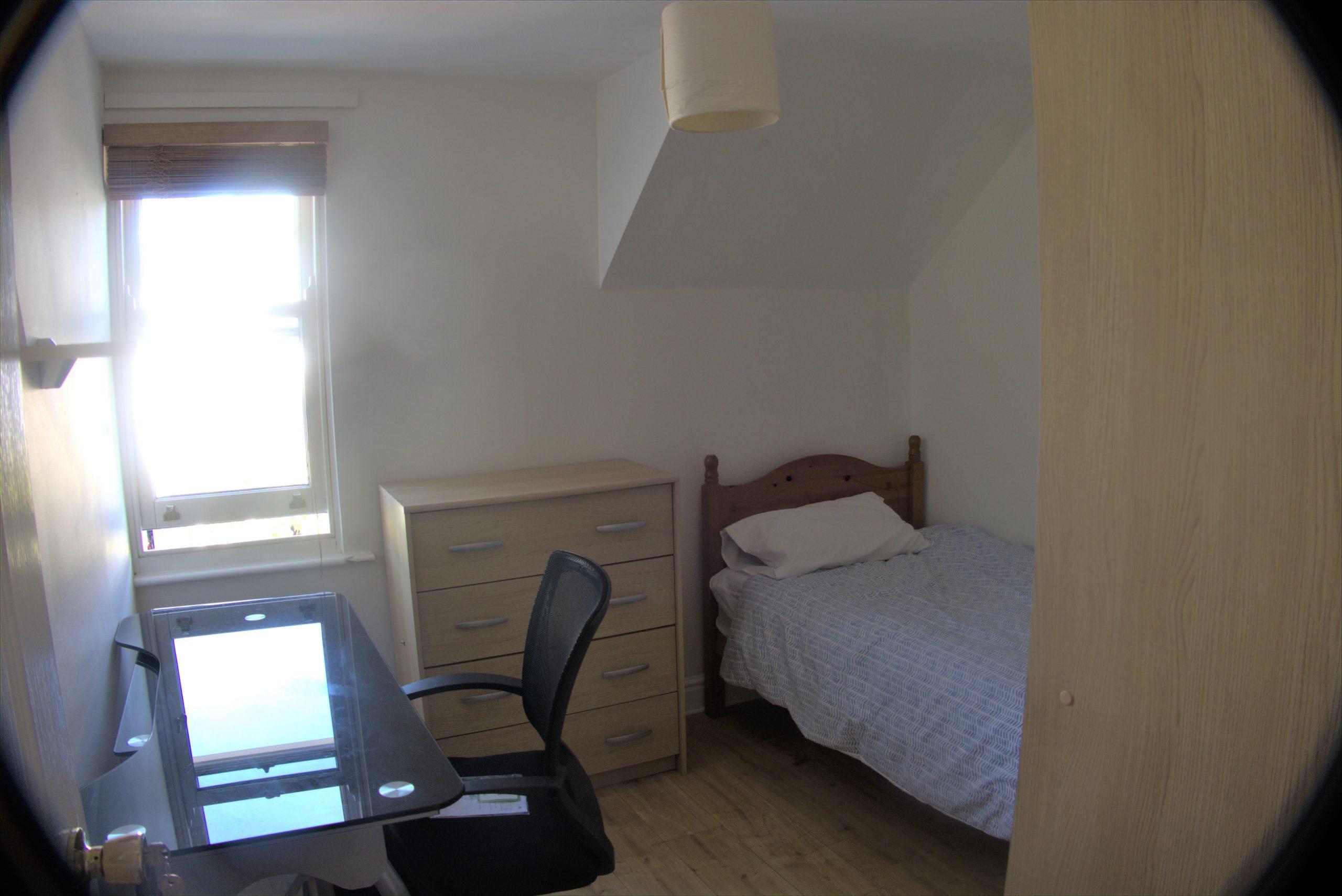 no 4 bed 6.jpg