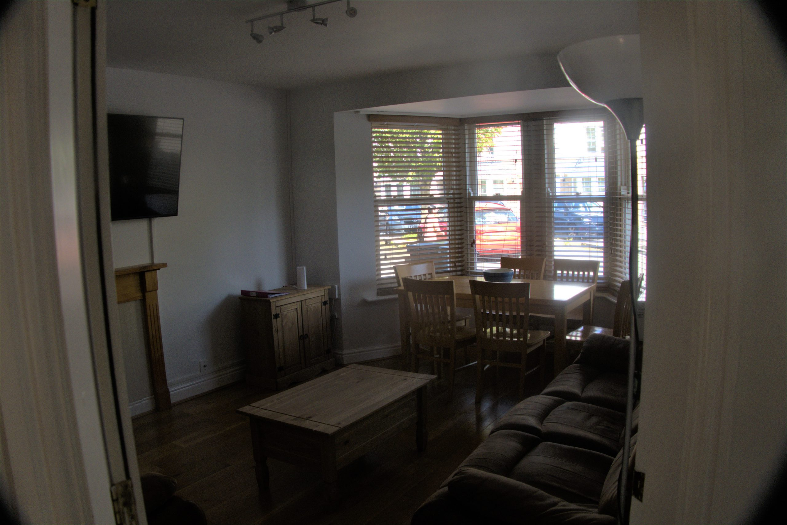 no4 lounge 1.jpg